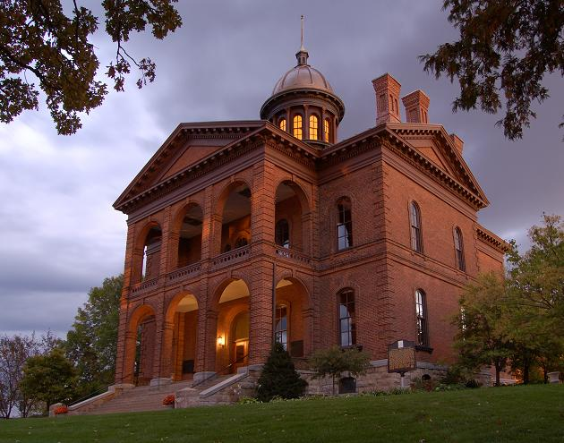 The Washington County Historic Courthouse
